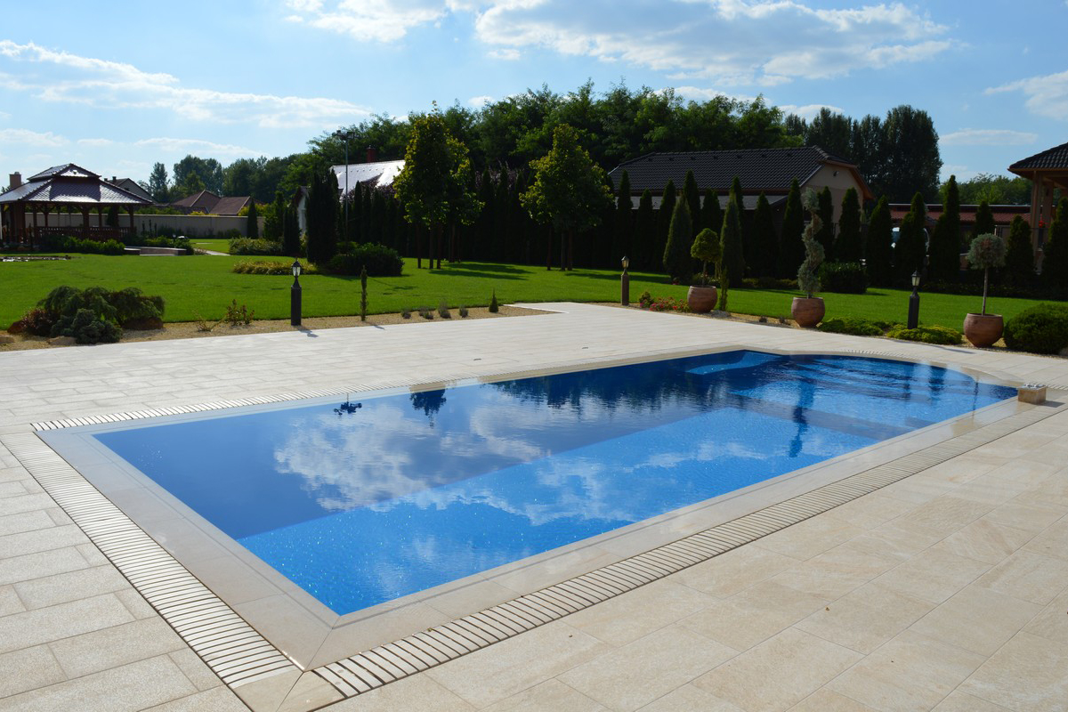 Poolbau Beispiel